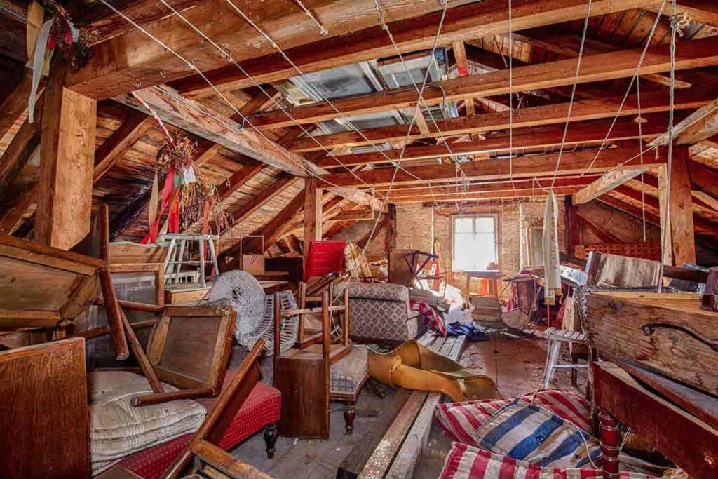 Nos services de débarras et vide maison, cave et grenier - Angers Maine et Loire